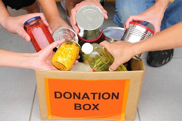 photo:Food Pantry Volunteer